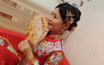 新娘跟妆 赠送 妈妈妆 伴娘妆 新娘美甲 伴娘服
