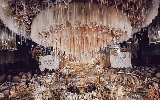 【米迪婚礼】《迷雾》——复古奢华欧式宫廷公主婚礼
