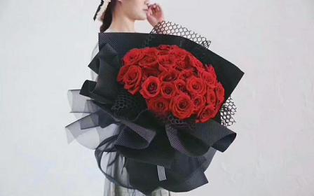 520爆款花束(33支红玫瑰:爱你三生三世)