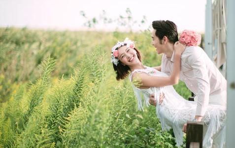 婚礼纪实婚纱摄影