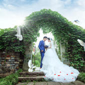 参加草坪婚礼穿什么?这几种婚礼穿搭肯定不出错
