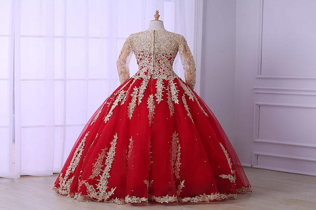 婚纱红色_婚纱