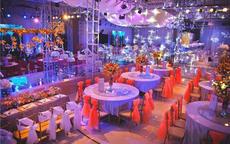 婚宴大厅装饰效果图