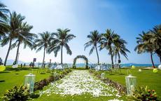 三亚沙滩婚礼怎么布置