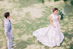 短发新娘婚纱照怎么拍