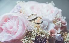 接到新娘手捧花的说说