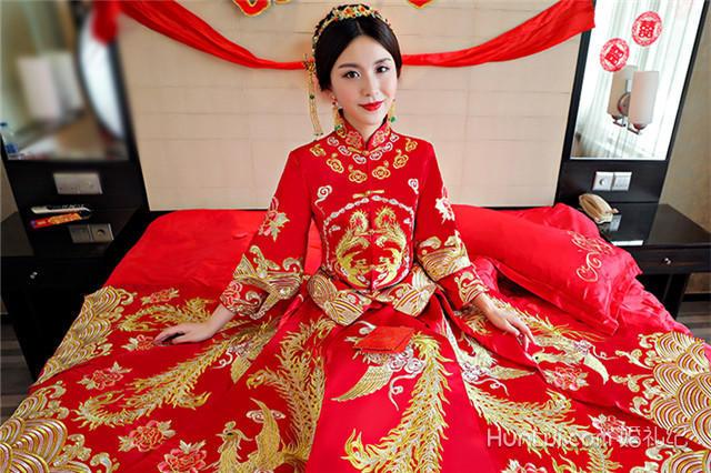 婚纱古装_古装婚纱照片新娘