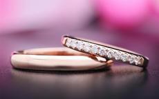 结婚戒指戴哪个手指 男女结婚戒指的正确戴法