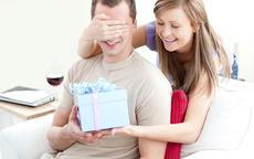 生日送男朋友什么礼物