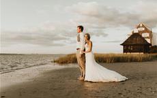 学明星婚纱照中的姿势和表情,让婚纱照与众不同