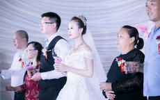 女方婚礼贺词大全 女方代表婚礼致辞范文
