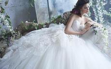 买婚纱应该怎么挑选 注意哪些细节