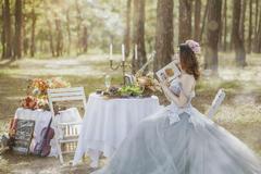买婚纱还是租婚纱好?婚纱到底是租还是买