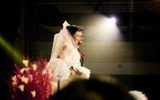 参加亲人的婚礼应该穿什么?