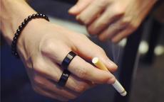 男士单身戒指戴哪个手指