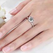 恋爱中戒指戴哪个手指上