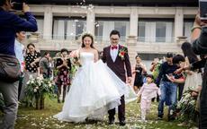 适合婚礼上男女声对唱歌曲大全