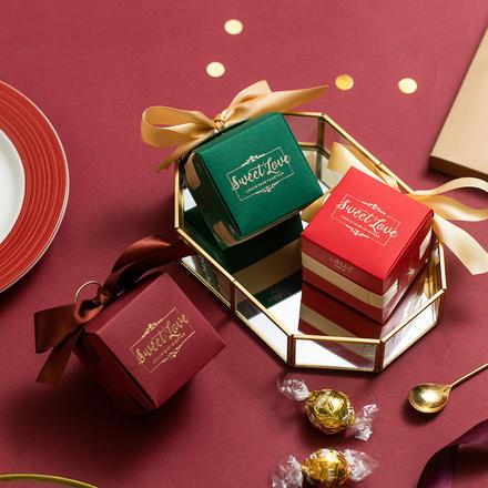 欧式烫金方形喜糖盒