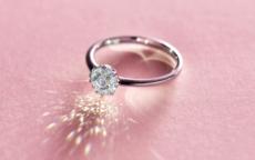 求婚用什么戒指 多少钱的戒指合适