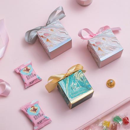 流光溢彩喜糖盒