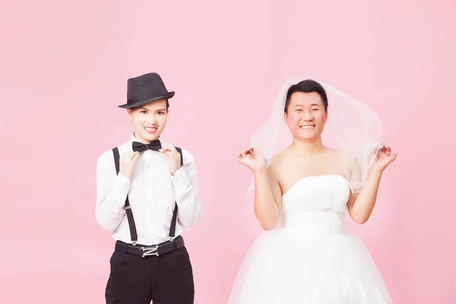 搞笑的反串婚纱摄影拍摄指南