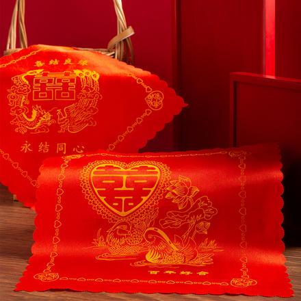 传统中式红方帕