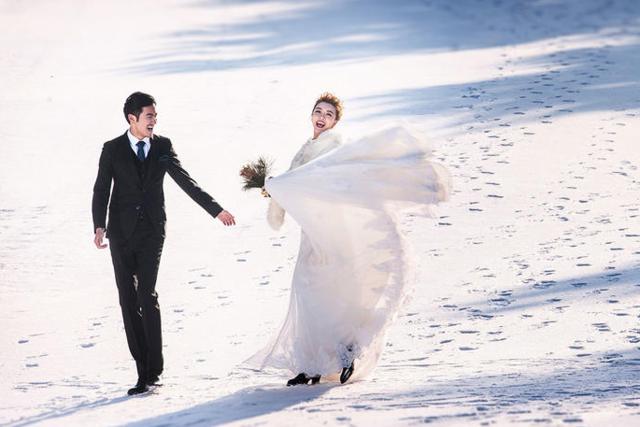 /雪景婚纱照