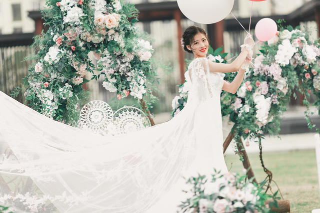 /新娘婚纱照回眸