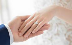 求婚戒指戴哪个手指才是对的 90%的人都戴错啦~
