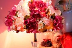 替代气球的婚房装饰品布置出浪漫婚房