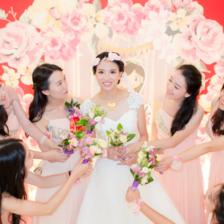 青岛拍婚纱照如何选衣服 新娘这样选婚纱一定不会错