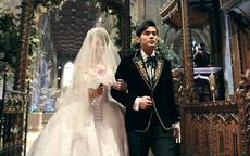 男明星示范结婚礼服的正确穿搭