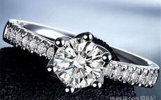 一克拉钻石戒指大概多少钱 1克拉钻戒多大