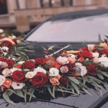 婚车头车应该怎么装饰