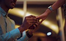 简短的求婚誓词怎么说 20字以内的简短求婚词