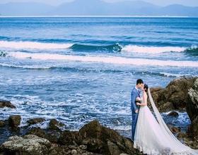 青岛和三亚旅拍婚纱照哪里更好