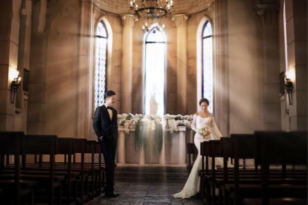 教堂婚纱照