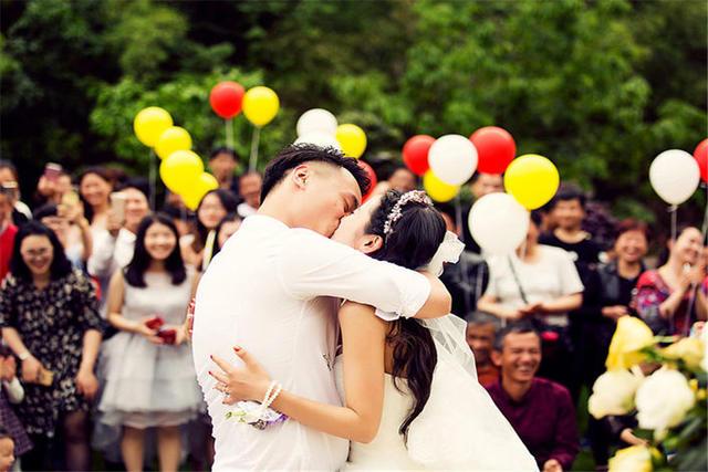 朋友女儿出嫁
