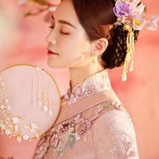 婚礼当天能不能穿粉色婚纱礼服