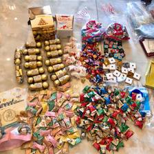 喜糖该如何挑选 喜糖盒子里一般放几颗喜糖