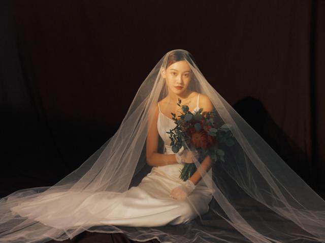 怀旧婚纱照