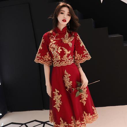 新中式旗袍款凤凰刺绣喇叭袖敬酒服