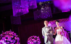 紫色婚礼主题如何布置?紫色婚礼布置图片