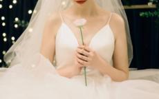 微胖新娘穿哪种婚纱最显瘦
