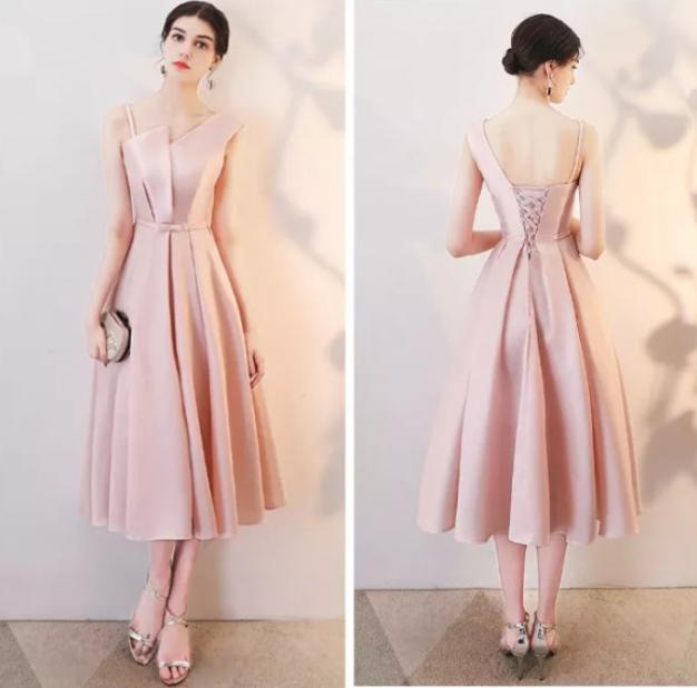 /粉色礼服裙