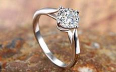 钻石戒托有哪些款式 怎么选择钻石戒托