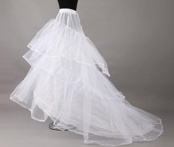 婚纱的裙撑_婚纱裙撑怎么穿图解