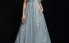 平胸新娘怎么穿婚纱