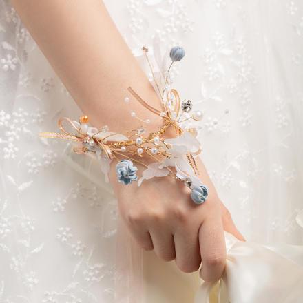 结婚手腕花(蝶与蓝风铃)