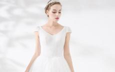 大胸新娘要选择什么样的内衣 怎么选婚纱